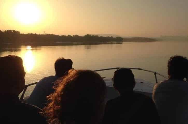 Vootours abu-dhabi-islands-sunset-cruise-in-abu-dhabi (Small)